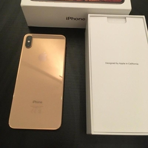iPhone XS MAX --  $600 -  Whats­app :: +18572144678